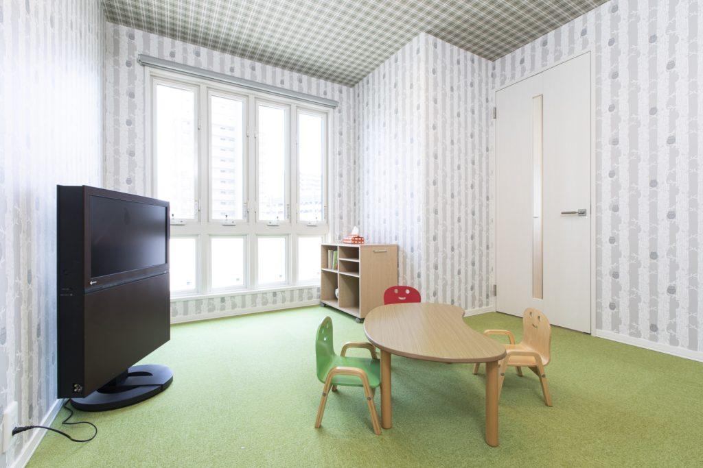 お子様がお打合せ中に遊べるキッズルームも、打合せルームのすぐ横に備えられています。