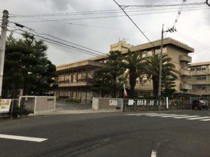 市立城南中学校約2,600m(徒歩33分)