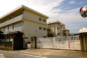 宇野小学校 約730m(徒歩10分)