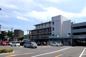 岡山市中区役所 約1,400m(徒歩18分)
