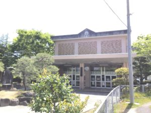 住吉小学校(約700m)