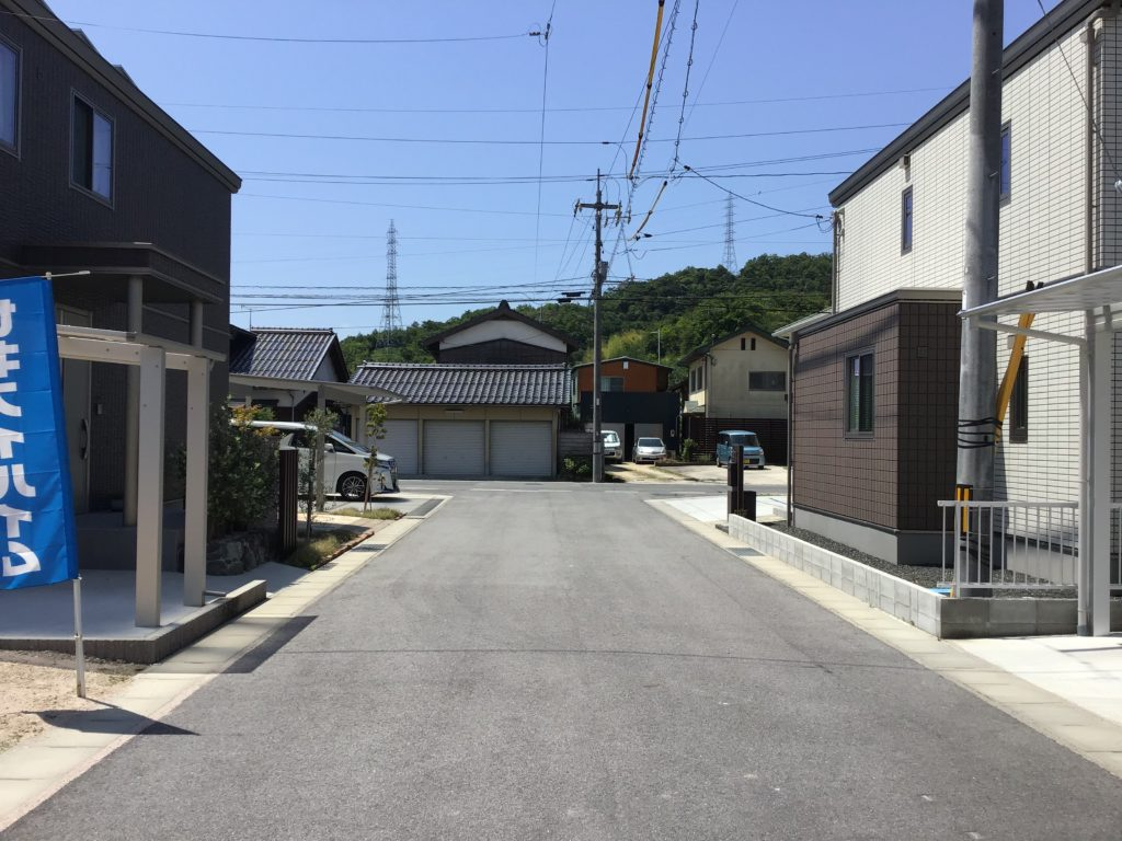 前面道路含む現地写真(2021年6月撮影)