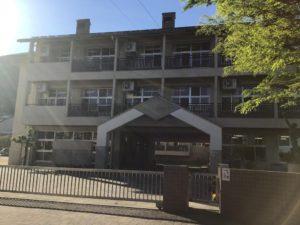 玉野市立築港小学校 1579m(徒歩20分)<br>学校教育目標:心豊かでたくましく生きる子どもの育成