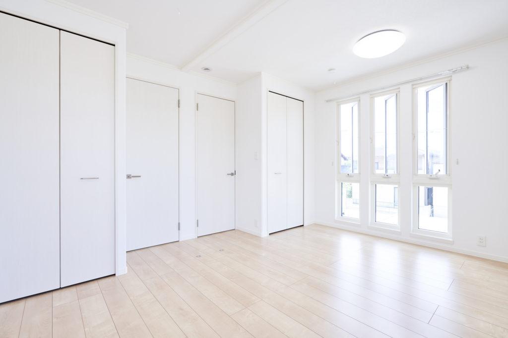 お子様のお部屋は将来2つに区切れるように設計しています。