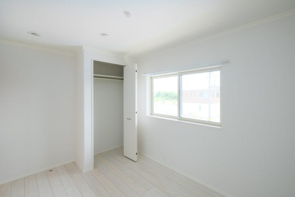 明るい内装の子供室【2021.07.01】