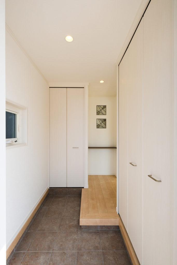 玄関下駄箱、土間収納、アイキャッチ【2021.05.10】