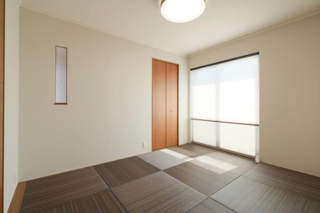 広々6畳の和室【2021.3.29撮影】