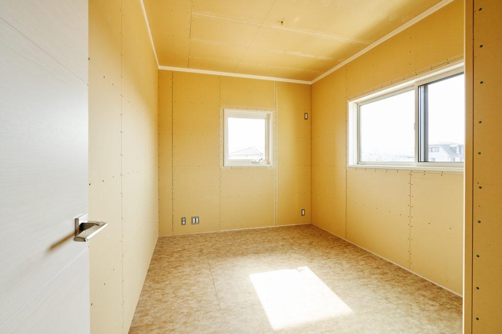 子供室壁クロス・床材選択可能!すぐ下の特設サイトをクリック!